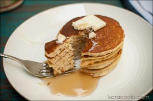 oat & cottage cheese pancakes | © karacooks