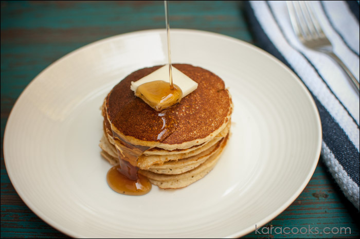 COTTAGE CHEESE & OAT PANCAKES
